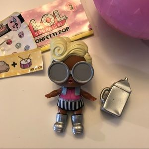 Other - LOL Surprise Series 3 Funky QT